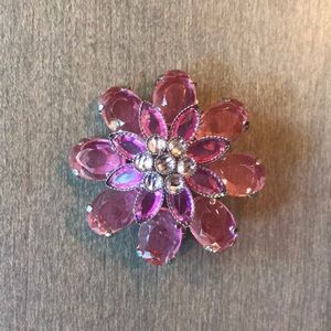 Jewelry - NWOT Pink Flower brooches
